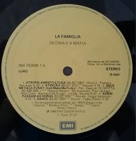 Skowa E A Máfia - La Famiglia